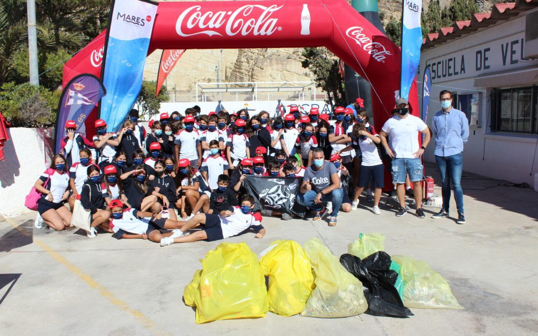 """El Real Club de Regatas de Alicante, en el marco de su proyecto """"Sin Plástico Más Mediterráneo"""", acoge una jornada de limpieza de playas y se une a la iniciativa """"Mares Circulares"""""""